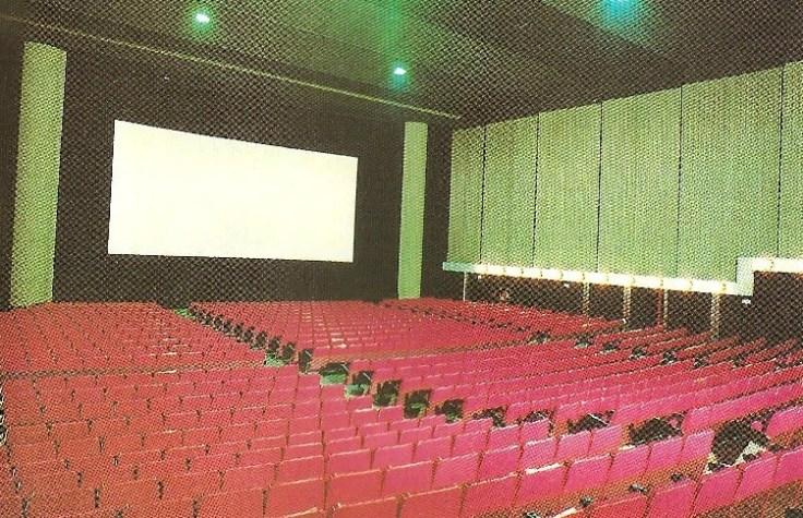 Sala del Cine Victoria - la imagen procede de http://eltranvia48.blogspot.com.es/